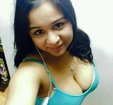 Cute Indian School Girls Small Tits Topless Snapchat XXX Selfie