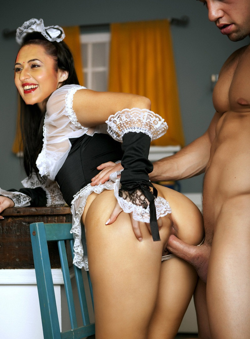 Horny Housemaid Agrees To Fuck Her Employer In A Hardcore Banging Scene